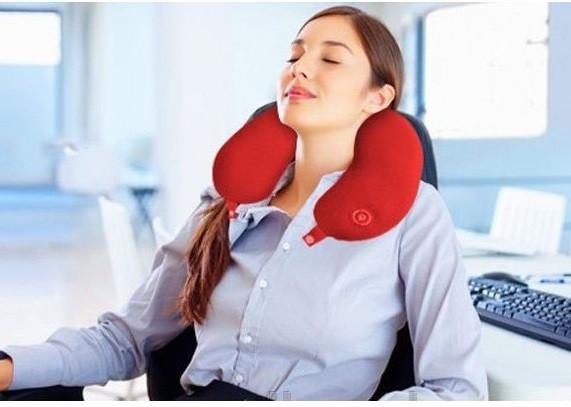 Массажная подушка Neck Massage Cushion, красная