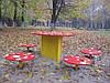 Комплекс столиков «Мухоморчики», детская площадка