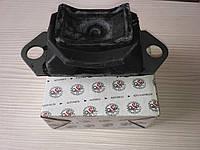 Подушка двигуна Dacia Logan 1.4 1.6 (6001548160)(ліва c кондиціонером) Megane II