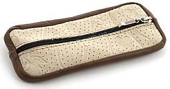 Класична шкіряна світла ключниця на блискавці з тисненням (100710)