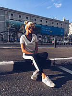 Спортивный костюм футболка и брюки с лампасами В20833