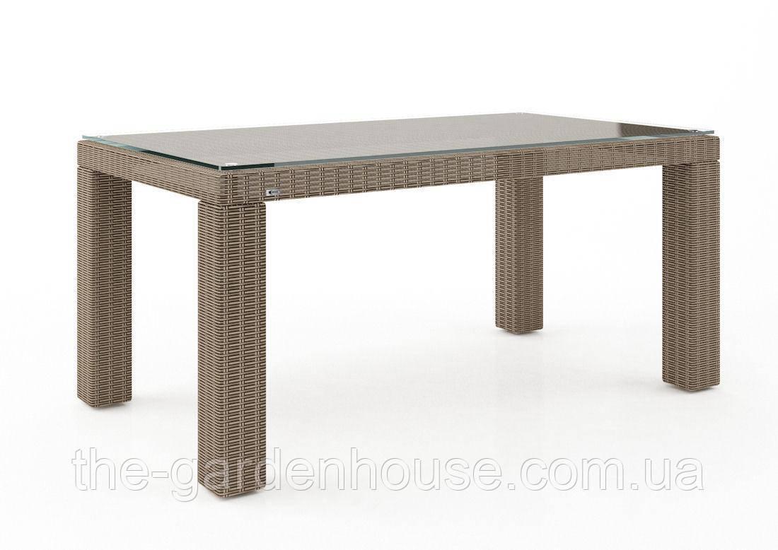 Стол обеденный Rapallo Royal из искусственного ротанга 160 см бежевый