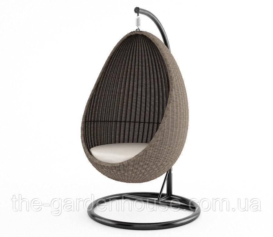 Подвесное кресло-качели Kokon Royal из искусственного ротанга бежевое