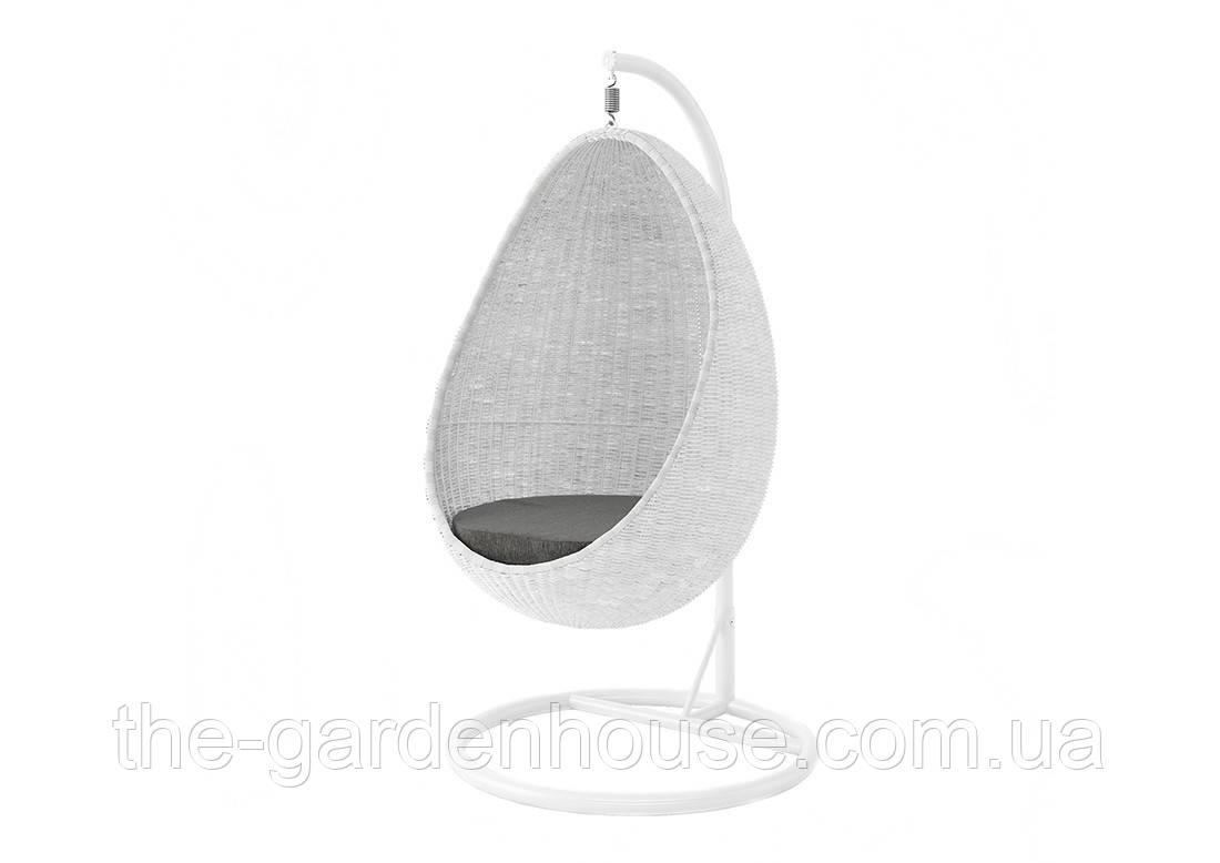 Подвесное кресло-качели Kokon Royal из искусственного ротанга белое, фото 1