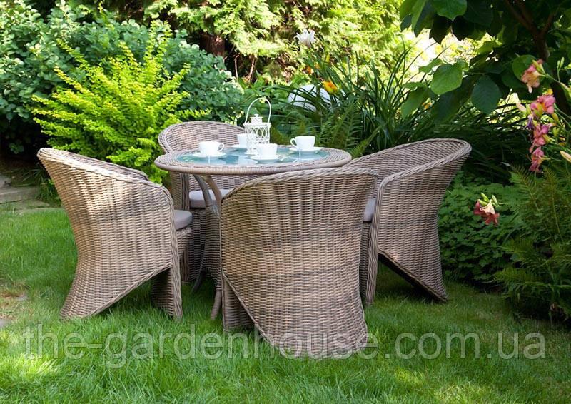 Обеденный комплект садовой мебели Filip & Dolce Vita Royal из искусственного ротанга бежевый