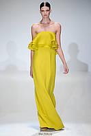 Платье женское летнее длинное в пол желтое с открытыми плечами стильное модное яркое