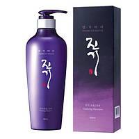 Регенерирующий шампунь Daeng Gi Meo Ri Vitalizing Shampoo 500 ml