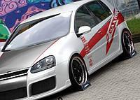 Пороги на Фольксваген Гольф 5 в стиле GTI