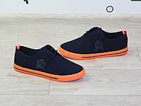 Мокасины (кеды) спортивные черные на оранжевой подошве