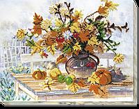 """Набор для вышивки бисером на натуральном художественном холсте """"Осенний букет"""""""