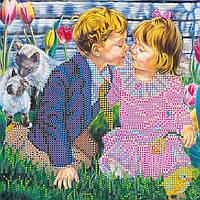 Схема для вышивки бисером на натуральном художественном холсте Первый поцелуй