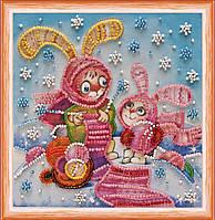 Набор для вышивки бисером на натуральном художественном холсте Зайки за вязанием