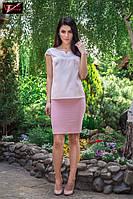 Стильная летняя шелковая блузка  свободного прямого силуэта