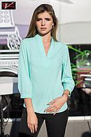 Элегантная  блуза  с V-образным вырезом горловины и воротником стойка мятного  цвета