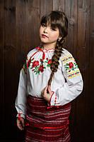 Красивая детская вышитая блузка  из батиста