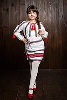 Симпатичное вышитое детское платье с домотканой ткани