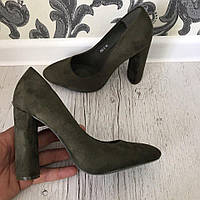 Элегантные туфли на устойчивом каблуке. Материал : иск.замш. Цвет: серо-зелёный. Р-р 36-40.