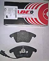 Тормозные колодки передние  Audi A6 с 2004, A4