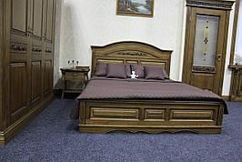 Кровать из натурального дерева