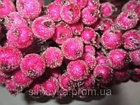 Ягода декоративная малиновая сахарная, соцветие из 40 ягод, диаметр ягоды 12мм, длина проволоки 12см, фото 1