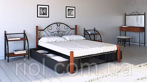 Кровать Анжелика из металла на деревянных ножках