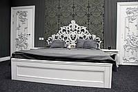 Деревянная белая кровать из натурального дерева