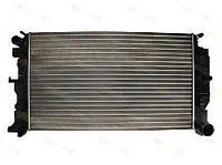 Радиатор Охлаждения Двиг-ля Spr906 OM611 OM642 OM646 OM651 (а/м с Кондиц.) -АКПП-