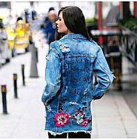 Удлиненная джинсовка с розами и надписями на спине