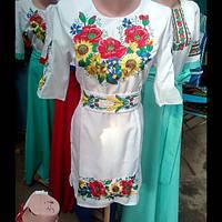 Красивое женское вышитое платье Подсолнух