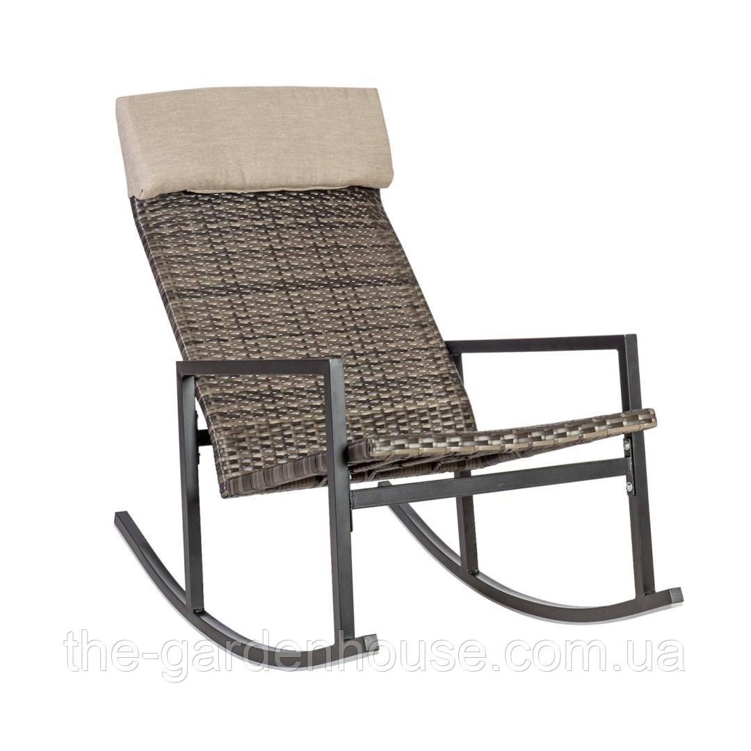 Садовое кресло-качалка Wicker из искусственного ротанга темно-коричневое