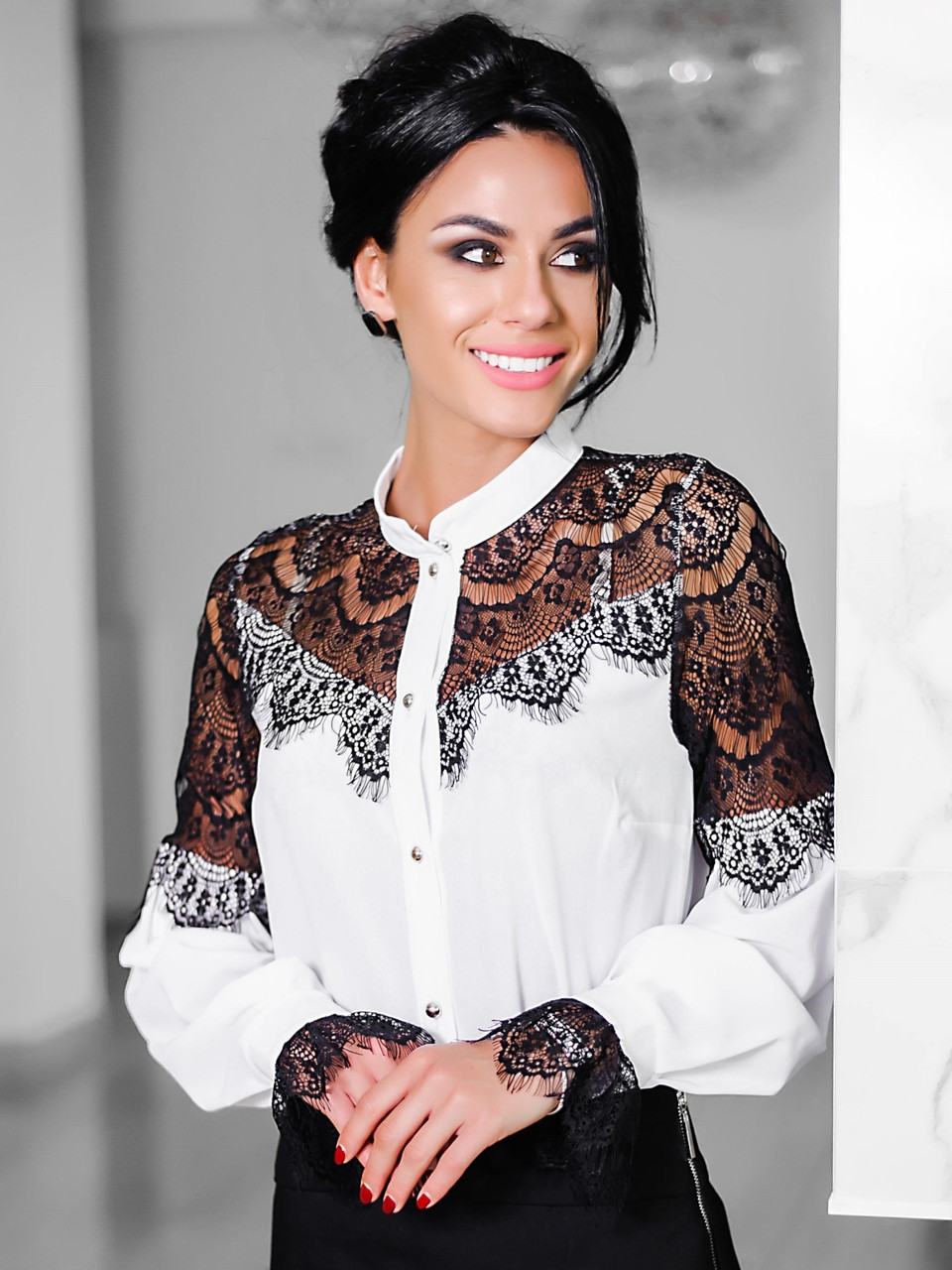 (S, M, L, XL) Стильна біла блузка з гіпюром Glory