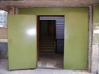 Двери в подъезд с домофоном Киев