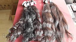 Хвилясте волосся для нарощування