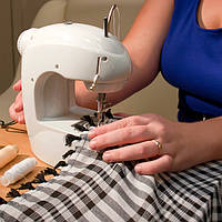 Мини швейная машинка - помощница каждой хозяйки