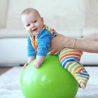Вибираем фитбол для малыша