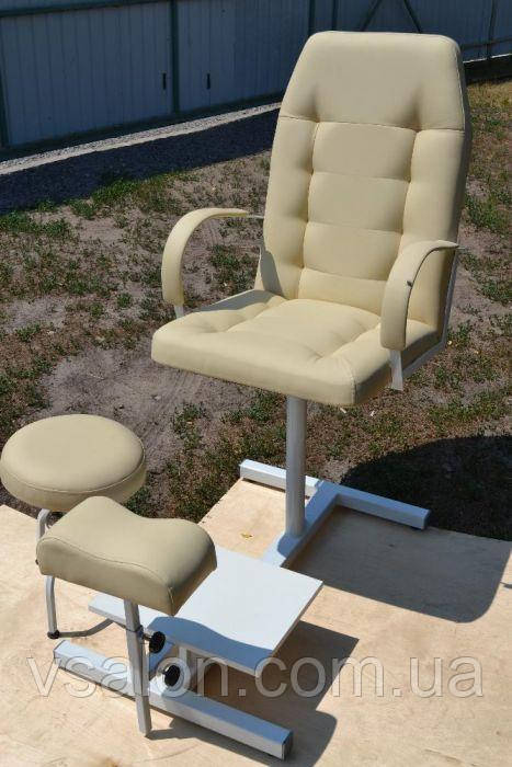Крісла для педикюру з підставкою для ніг і стільцем для майстра