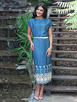 Красивое  женское платье полуприталенного силуэ из льна с белым вышитым ажурным узором  48, 50, 52, 54