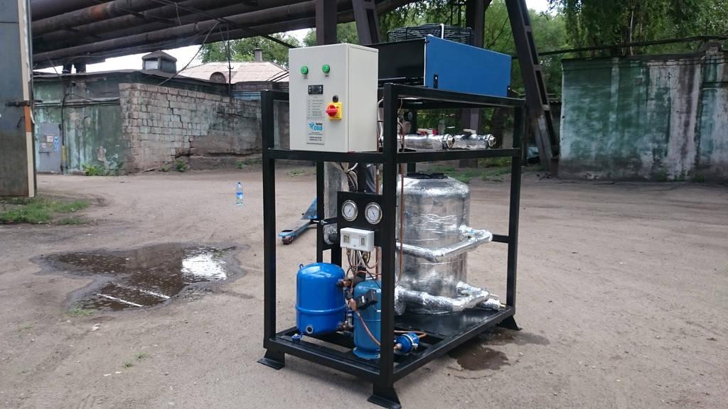 Чиллер для охлаждения воды мощностью 5 кВт. Моноблок