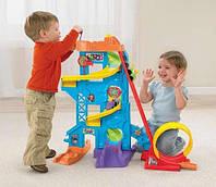 Fisher-Price парк розваг Little People Loops n Swoops Amusement Park