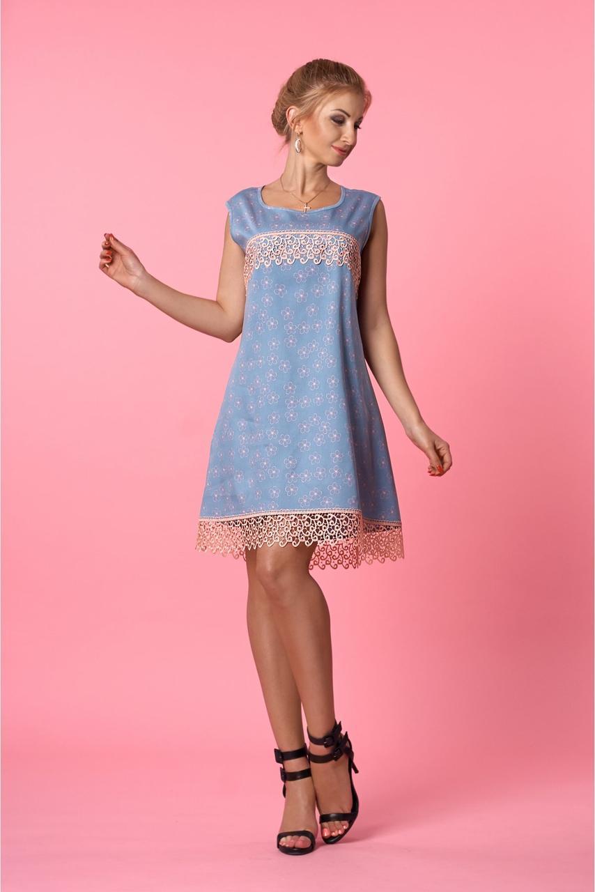 Летнее женское платье из джинсового коттона с красивым кружевом