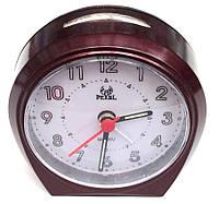 Часы настольные с будильником