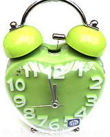 Часы электронные, механические настольные с будильником.