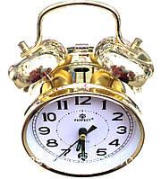 Часы электронные,механические настольные с будильником.