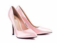 Туфли светло-розовые на каблуке