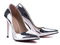 Туфли серебристые на каблуке
