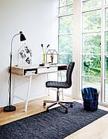 Стильный письменный стол для офиса и дома на белых ножках 126 см