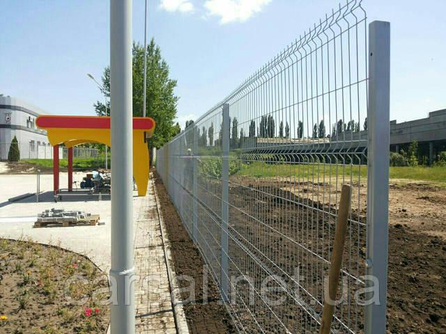 Забор из сварной сетки  Оригинал 5*5 2,5*1.2