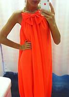 Яркое оранжевое платье из шифона с бантом, длинное в пол, с поясом