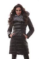Кожаное женское пальто с мехом в женском гардеробе