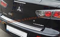 Накладка на задний бампер с загибом NataNiko на Mitsubishi Lancer 10 2007-2016 седан